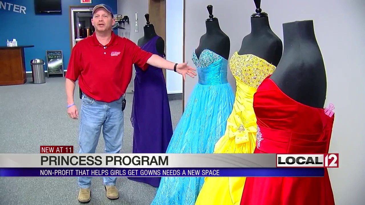 Non-profit helping girls get prom dresses needs new space - YouTube