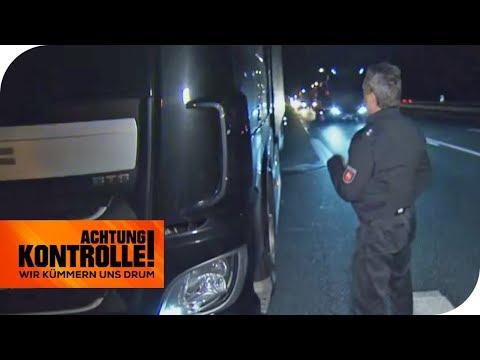 LKW parkt auf dem Beschleunigungsstreifen: Lebensgefahr auf der A2 | Achtung Kontrolle | kabel eins