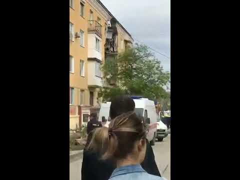 Жилой дом взорвался в Советском районе Волгограда 16 мая 2017 .