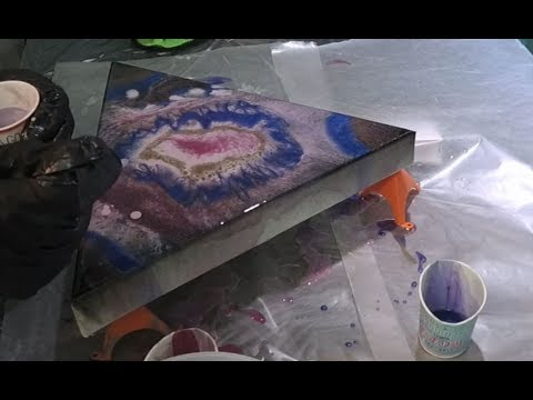 The Eclipse - Creating a space painting with Epoxy Art Resin