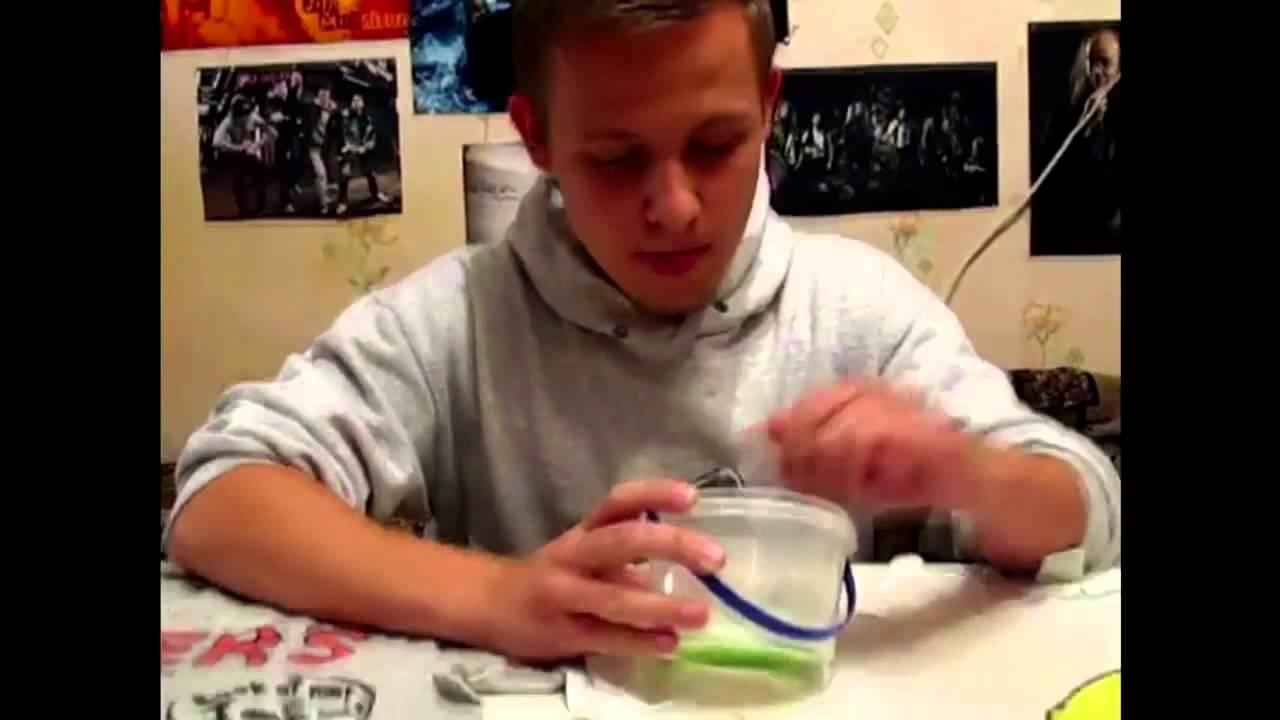 как сделать большие локоны при помощи носка - YouTube