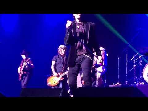 """Joe Perry & Johnny Depp """"Sweet Emotion"""" @StellarBall Tokyo Japan 18.09.18"""