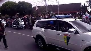 Presiden Jokowi Turun dari Mobil dan Sapa Warga Siantar