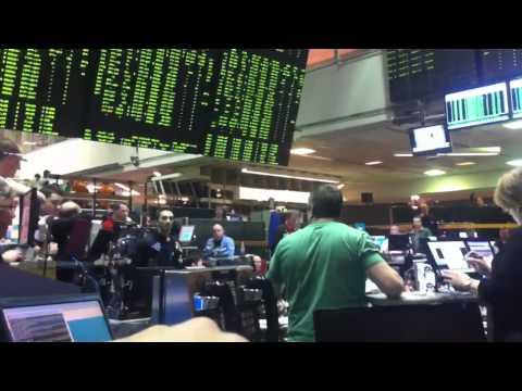 CBOE VIX trader flips