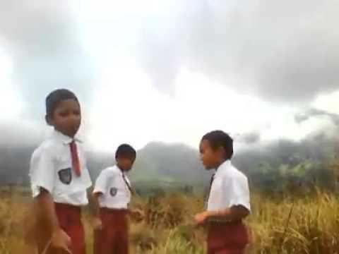 (Hebat) Anak SD nyanyi lagu Batak-Trio Andepang