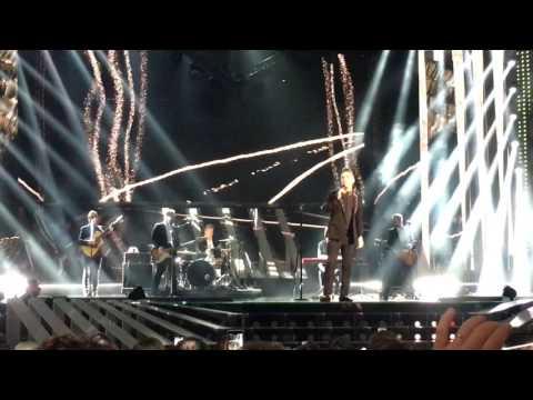 Robbie Williams - Love my life - Festival Sanremo 2017