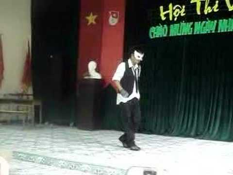 12c3 Le Quy Don dance show