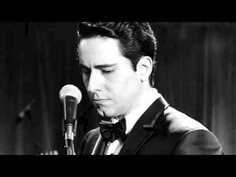 John Lloyd Young Hold Me, Thrill Me, Kiss Me