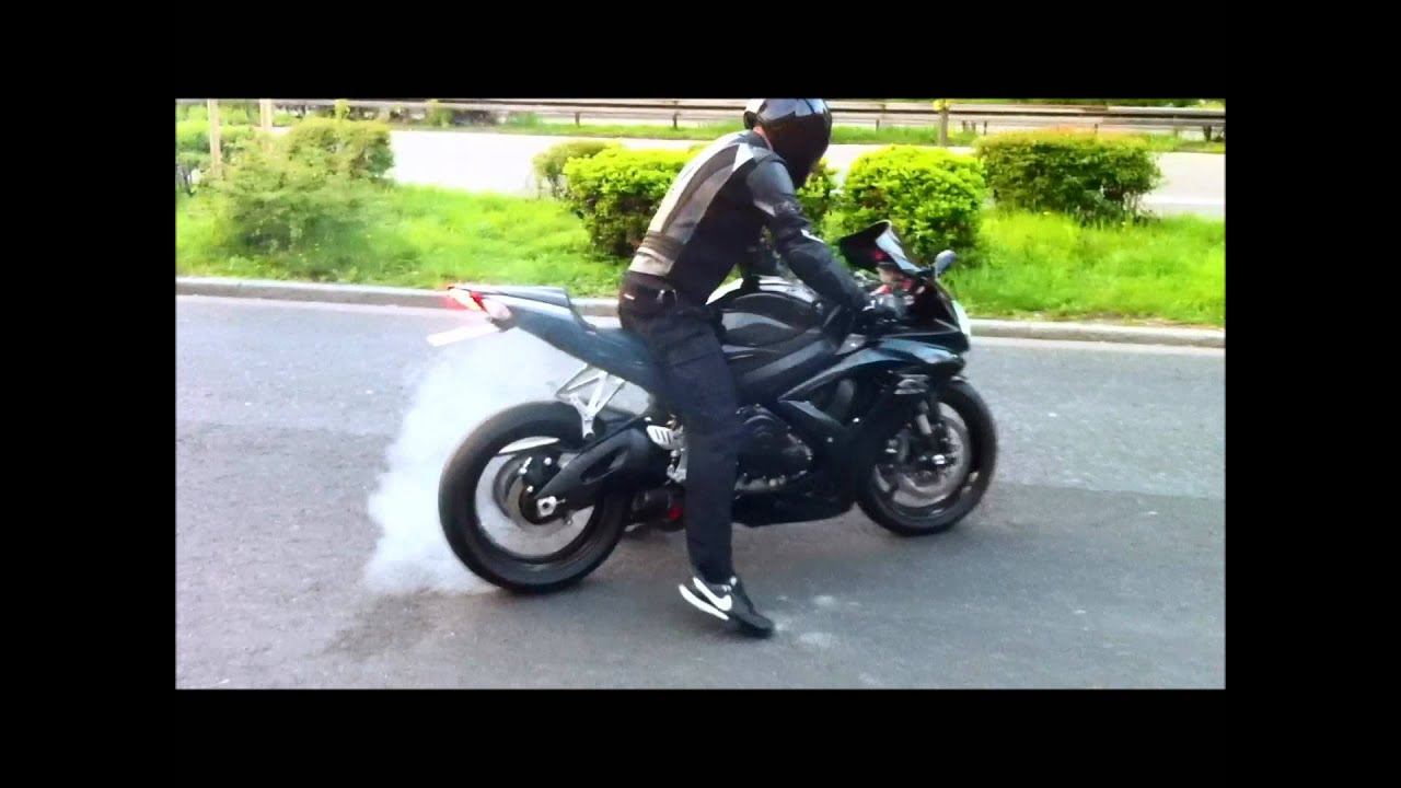 suzuki gsxr 750 k8 k9 k10 akrapovic sound youtube. Black Bedroom Furniture Sets. Home Design Ideas