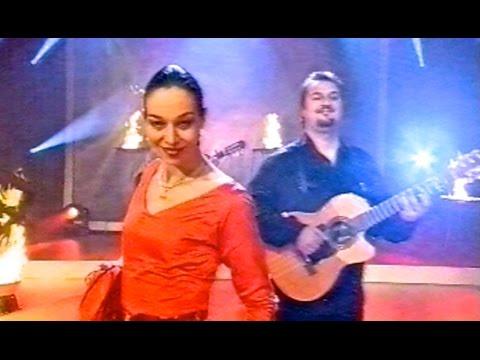 Bamboleo - Gipsy Kings music with Chico & the Gypsies & Nina Corti