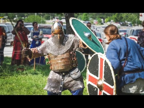 EPIC VIKING BATTLE! - Highland Games Festival (Scottish Food, Dancing and Fighting!)