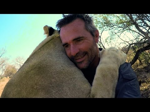 Vayetse Is A Lady Killer! | The Lion Whisperer