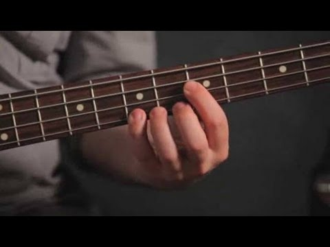 How To Play A Power Chord Bass Guitar Youtube