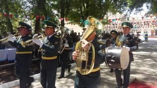 Торжественный марш учащихся школы Жамбыла