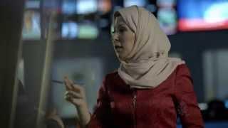 برومو مذيعي قناة الجزيرة - خديجة بن قنة
