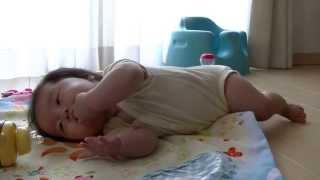 育児【生後6ヶ月☆寝返り返り~寝返り】 thumbnail