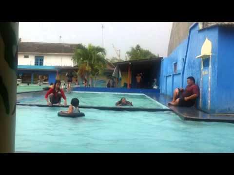 synta di kolam renang jambu jombang youtube rh youtube com wisata kolam renang di jombang kolam renang di daerah jombang