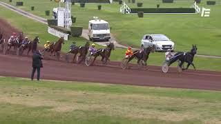 Vidéo de la course PMU GRAND PRIX DES 5 ANS