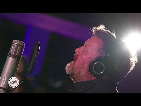 "Elbow performing ""All Disco""  on KCRW"