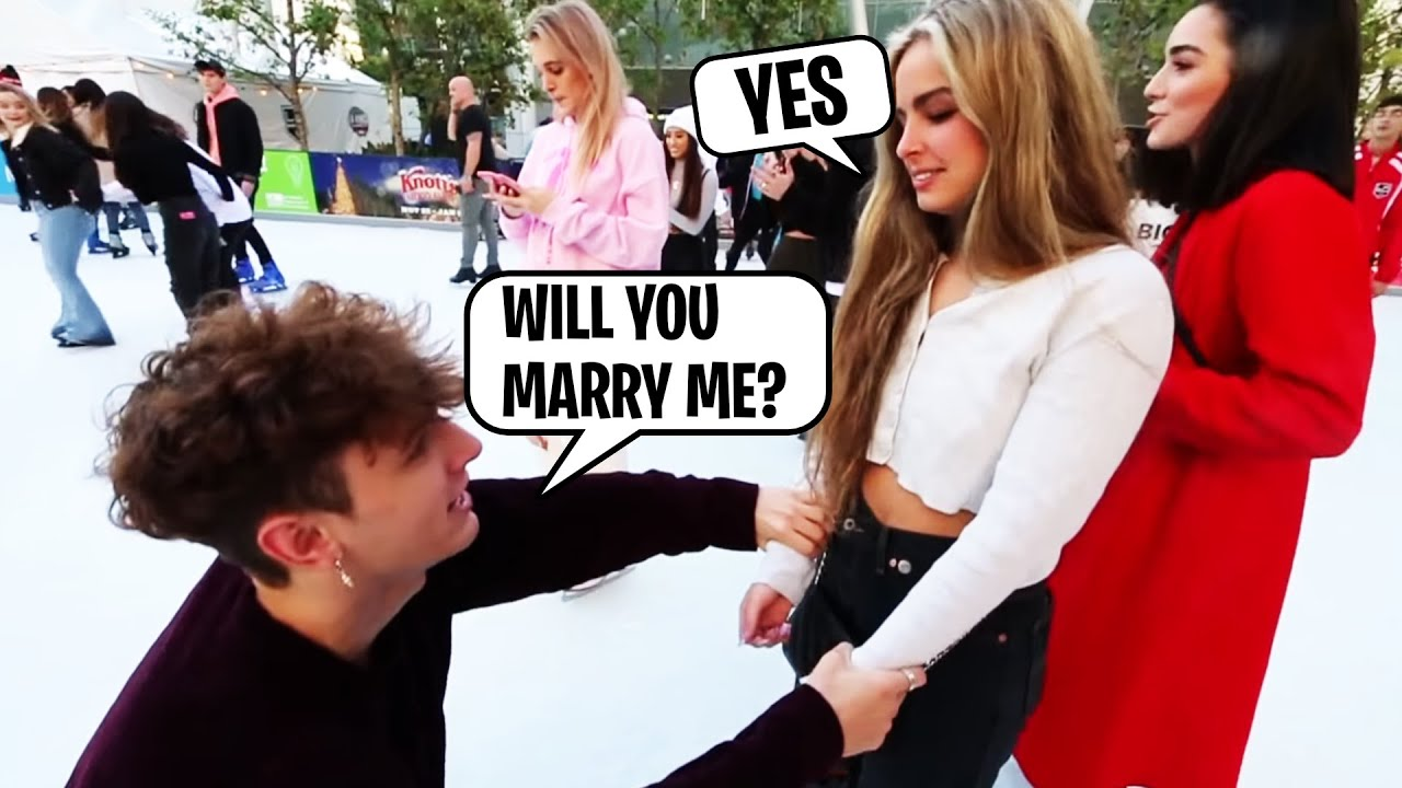Bryce Hall Proposes to Addison Rae..