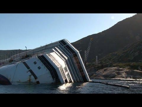 Italy cruise ship wreck removal faces big delays