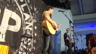 this song saved my life (acoustic) - simple plan @ montréal 18/11/12
