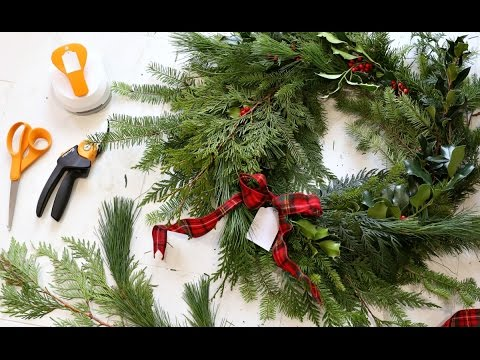 DIY Fresh Christmas Wreath - The Perfect Gift!