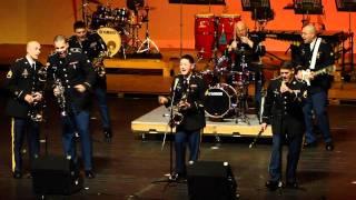 第2部第4景 在日米陸軍軍楽隊(U.S.Army Japan Band)の演奏です! デキシ...