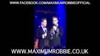 Scott Borley Maximum Robbie Tribute sings live with Robbie Williams