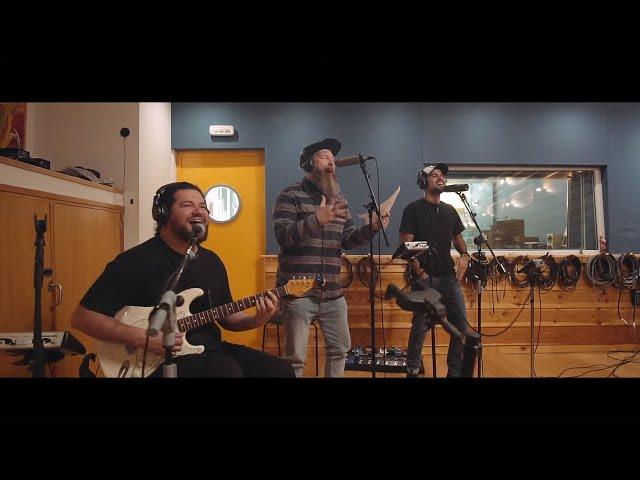 Efecto Pasillo - Chacho feat. O'Funk´illo (Videoclip Oficial)