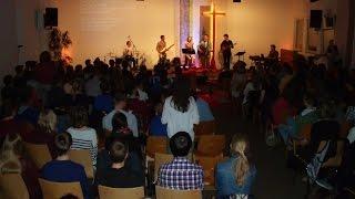 Sing & Pray Gottesdienst an Karfreitag 2015 in der FeG Frankenbach / Jugendwerk Mittelhessen-Kreis
