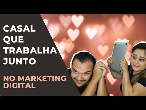 Casal que trabalha junto no marketing digital