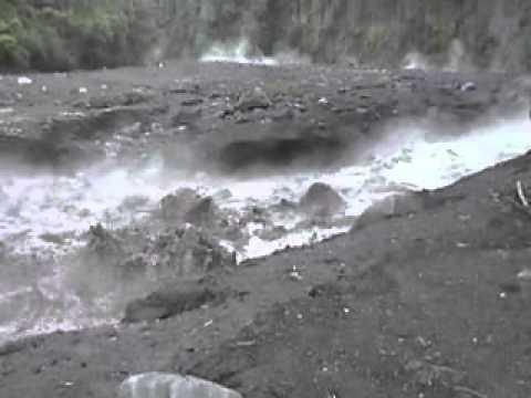 """Résultat de recherche d'images pour """"photos lahars volcan fuego"""""""