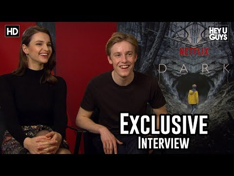 Louis Hofmann & Lisa Vicari  Netflix Dark Season 1 Exclusive