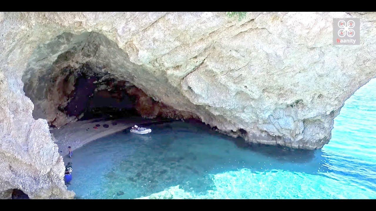 Η παραλία - σπηλιά της Φώκιας: Ο ήλιος δεν ανατέλλει ποτέ εκεί