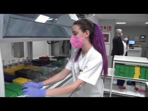 Comesaña visita o novo laboratorio do CHUO 11/06/2021