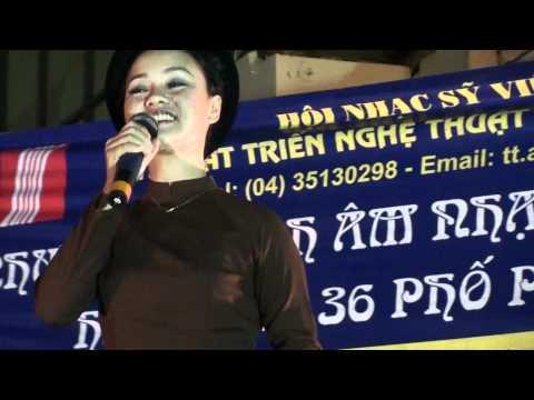 """""""Giăng sáng vườn chè"""" của thi sỹ Nguyễn Bính"""