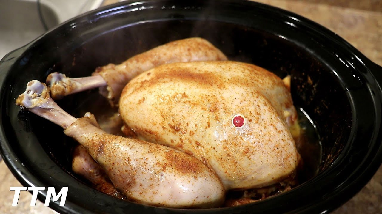 How to Cook a Whole Turkey in the Slow Cooker~Easy Cooking