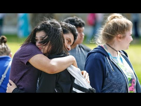 10 killed, 10 wounded in Texas school shooting
