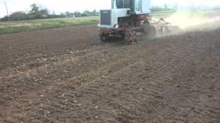 Трактор Т-70 и БДТ Дисковка под посев люпина 2015 г.