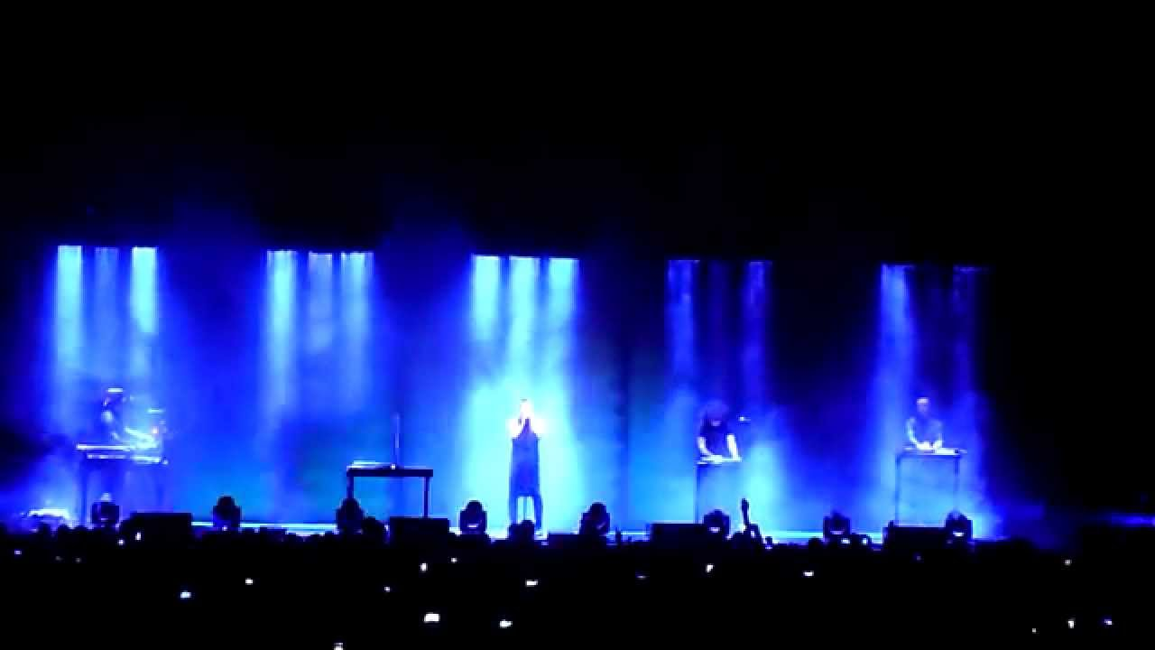Nine Inch Nails - Me, I\'m Not @ The O2 Arena, London, 23rd May 2014 ...