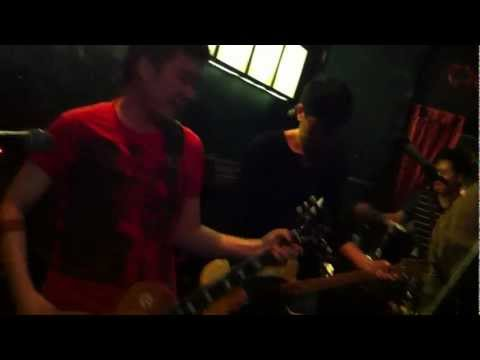 Pretty scar - don't cry cover Guns N' Roses tribute band