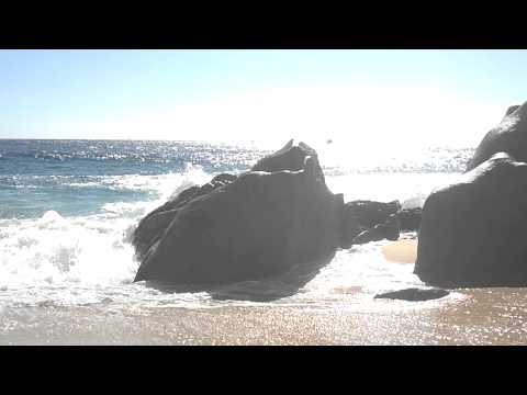 Waves crashing on rocks at Divorce Beach