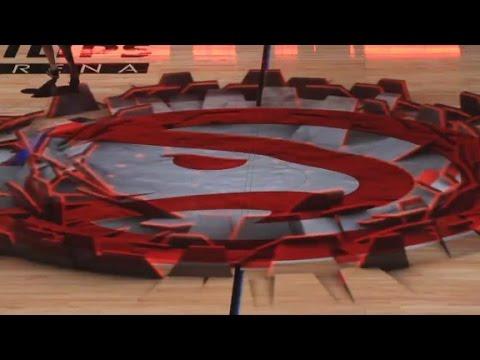 3D projector makes court vanish