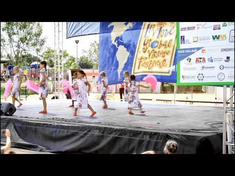 Renascence School International Orange County Students Perform Dance at Irvine Global Village