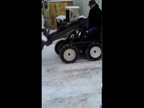 Самодельный минипогрузчик с бортовым поворотом
