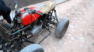 Самодельный квадроцикл(Пускаем первые дымы =) Часть рамы от явы, все остальное, включая подвеску - самопал. Двигатель от ИЖ Планета..., 2014-04-11T19:56:54.000Z)