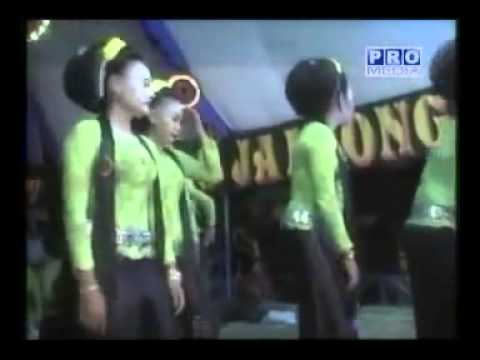 Ibing Jaipong TITIN DONGKRAK   Mobil Butut   YouTube