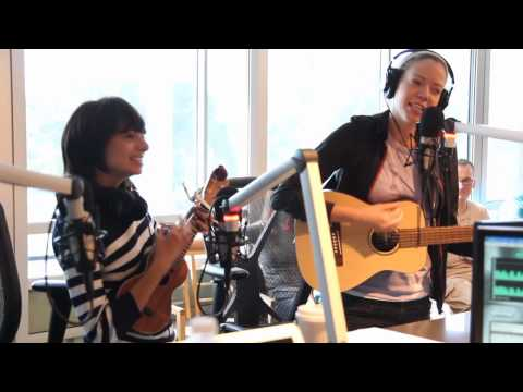 Garfunkel & Oates Perform The Fade Away on the Preston and Steve Show