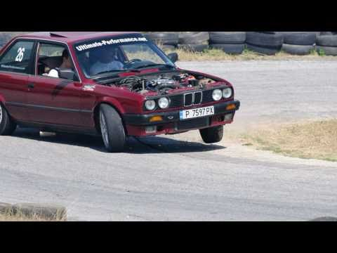 BMW e30 Turbo Drifting for fun - Pleven 18.09.2010 HD 720p
